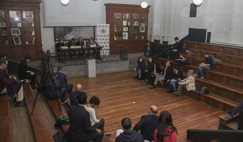 Presentacion-Colegio-Medicos-Sala-con-todos-8_2016