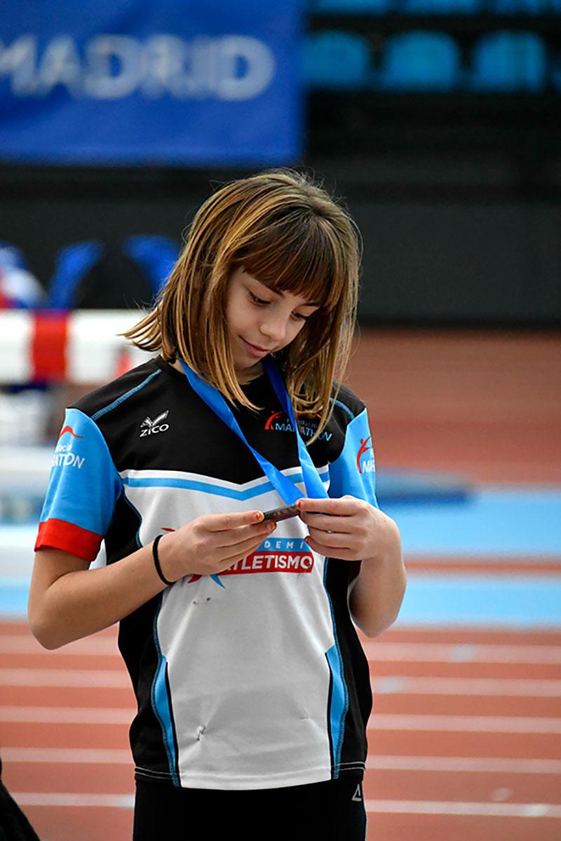 Ines-Ibarra-medalla