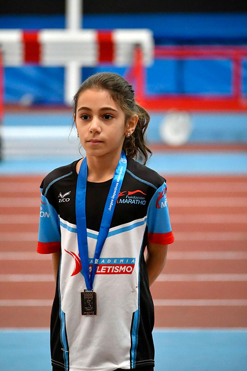 Ines-Macias-medalla